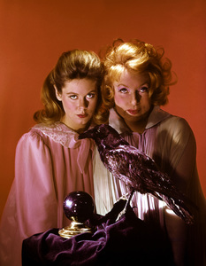 """""""Bewitched""""Elizabeth Montgomery and Agnes Moorehead1967 ABC**I.V. - Image 5406_0047"""