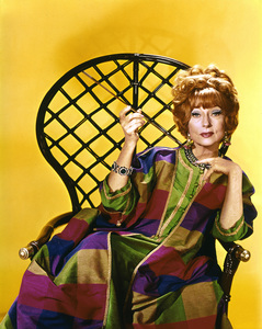 """""""Bewitched""""Agnes Moorehead1967 ABC**I.V. - Image 5406_0049"""