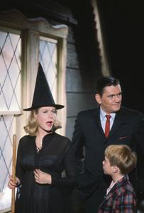 """Bewitched""Elizabeth Montgomery,Dick York, Bill Mumy1967 ABC**I.V. - Image 5406_0050"