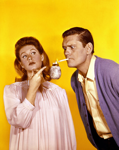 """Bewitched""Elizabeth Montgomery, Dick Yorkc. 1967 ABC**I.V. - Image 5406_0054"