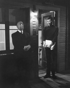 """Psycho""Dir. Alfred Hitchcock & Anthony Perkins1960 ParamountPhoto by William Creamer**I.V. - Image 5408_0076"