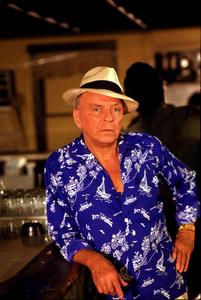 """Magnum P.I."" (Episode ""Laura"")Frank Sinatra, 1986 CBS © 1986 Gene Trindl - Image 5412_0015"