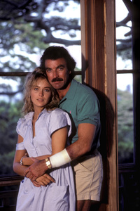 """Magnum P.I.""Episode: ""Echoes Of The Mind""Sharon Stone, Tom Selleck1984 © 1984 Gene Trindl - Image 5412_0065"