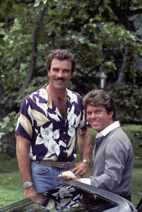 """Magnum, P.I.""Tom Selleck, Larry Manetti1983 © 1983 Gene Trindl - Image 5412_0110"