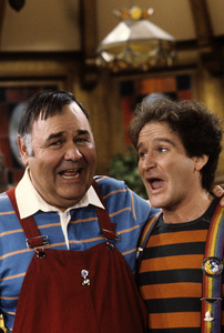 """Mork & Mindy""Robin Williams, Jonathan Winters1981 © 1981 Gunther - Image 5414_0076"
