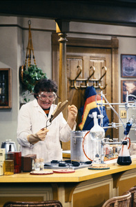 """Mork & Mindy""Robin Williams © 1982 David Sutton - Image 5414_0150"
