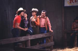 """Happy Days""Scott Baio, Erin Moran, Marion Ross, Tom Bosley1982 © 1982 David Sutton - Image 5417_0052"