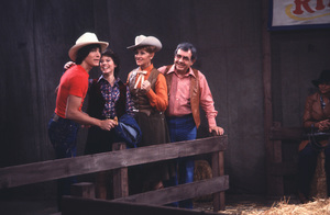 """Happy Days""Scott Baio, Erin Moran, Marion Ross, Tom Bosley1982 © 1982 David Sutton - Image 5417_0052"