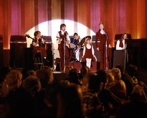"""The Partridge Family""Susan Dey, Danny Bonaduce, David Cassidy & Shirley JonesC. 1972**I.V. - Image 5418_0052"