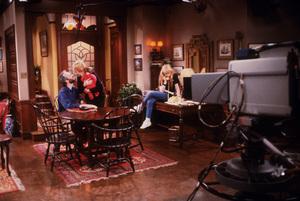 """Family Ties""Michael Gross, M. Baxter-Birney, Tina Yothers1985 NBC © 1985 Gene TrindlMPTV - Image 5419_0038"