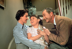 """Father Knows Best"" Jane Wyatt, Lauren Chapin, Robert Young 1958 Photo by Ernest Reshovsky © 1978 Marc Reshovsky - Image 5420_0007"