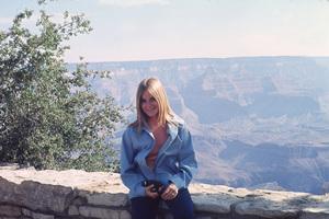 """Brady Bunch, the""Maureen McCormick © 1976 ABC**H.L. - Image 5421_0052"