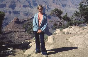 """Brady Bunch, The""Maureen McCormick1969 ABC** H.L. - Image 5421_0055"