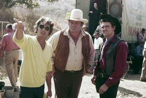 """Bonanza"" Michael Landon directing Dan Blocker and David Canary circa 1972 ** H.L. - Image 5424_0046"