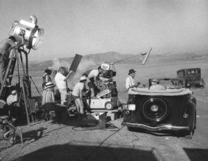 """Chinatown""Roman Polanski, Jack Nicholson, and crew1975 Paramount**I.V. - Image 5435_0138"