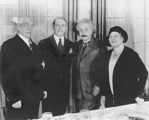 Warner History (Benjamin and Pearl Warner with their son, Jack Warner, and Albert Einstein)circa 1933 - Image 5460_0125
