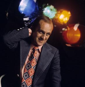 """""""The Bob Newhart Show""""Bob Newhartcirca 1975** H.L. - Image 5465_0032"""