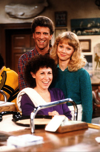 """""""Cheers""""Ted Danson, Shelley Long, Rhea Perlman1984 NBCPhoto by Marv NewtonMPTV - Image 5467_0019"""