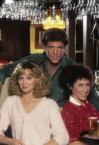 """Cheers""Ted Danson, Shelley Long, Rhea Perlman1983© 1983 Mario Casilli - Image 5467_0037"