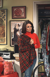 """Rhoda""Valerie Harperc.1975 CBS**H.L. - Image 5468_0006"