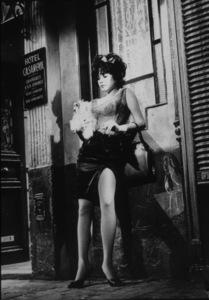 """Irma La Douce""Shirley MacLaine1963 UA / MPTV - Image 5497_0009"