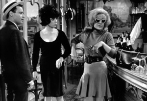 """Irma La Douce""Jack Lemmon, Shirley MacLaine, Hope Holiday1963 UA / MPTV - Image 5497_0019"