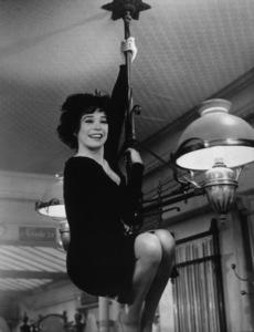 """Irma La Douce""Shirley MacLaine1963  UA / MPTV - Image 5497_0021"