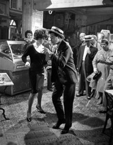 """""""Irma la Douce""""Shirley MacLaine, Jack Lemmon1963 United Artists © 1978 Leo Fuchs - Image 5497_0024"""