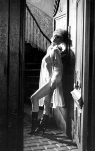 """""""Irma la Douce""""Grace Lee Whitney1963 United Artists © 1978 Leo Fuchs - Image 5497_0044"""