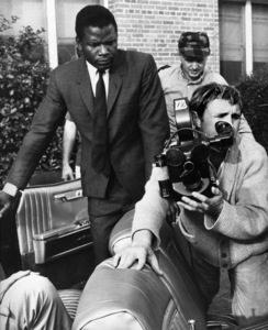 """""""In the Heat of the Night""""Sidney Poitier, director Norman Jewison1967 United Artists - Image 5502_0080"""