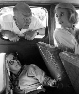 """Exodus""Director Otto Preminger, script girl Angela Martin and Eva Marie Saint1960 United Artists © 1978 Leo Fuchs - Image 5505_0006"