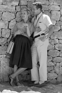 "Paul Newman and Joanne Woodward on location in Israel during the making of ""Exodus""1960 United Artists © 1978 Leo Fuchs - Image 5505_0011"