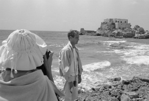 """Paul Newman and Joanne Woodward on location in Israel during the making of """"Exodus""""1960 United Artists © 1978 Leo Fuchs - Image 5505_0035"""