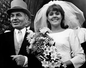 """Georgy Girl""James Mason, Lynn Redgrave1966 Columbia Pictures** I.V. - Image 5585_0011"