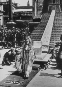 """Cleopatra""Elizabeth Taylor1963 20th Century Fox**R.C.MPTV - Image 5589_0022"