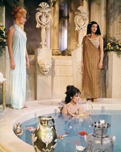 """Cleopatra""Elizabeth Taylor1963 20th Century Fox** I.V. - Image 5589_0064"