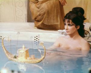 """Cleopatra""Elizabeth Taylor1963 20th Century Fox** I.V. - Image 5589_0067"