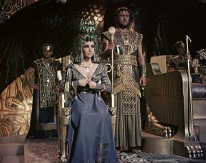 """Cleopatra""Elizabeth Taylor1963 20th Century Fox** I.V. - Image 5589_0077"