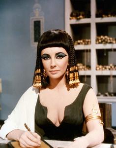 """Cleopatra""Elizabeth Taylor1963 20th Century Fox** I.V. - Image 5589_0091"