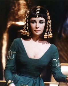 """Cleopatra""Elizabeth Taylor1963 20th Century Fox** I.V. - Image 5589_0093"