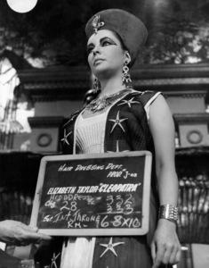 """Cleopatra"" Elizabeth Taylor 1963 20th Century Fox ** I.V. - Image 5589_0097"