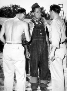 """The Treasure of the Sierra Madre""Humphrey Bogart1948 Warner Bros.Photo by Mac JulianMPTV - Image 5610_0035"