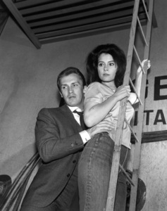 """The Invaders"" (Episode: Beachhead)Roy Thinnes, Diane Baker1967Photo by Clayton Bud Gray - Image 5635_0004"