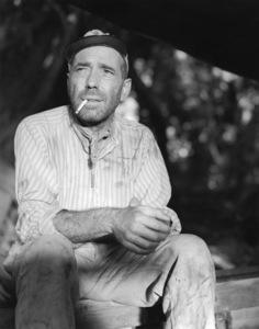 """The African Queen""Humphrey Bogart1951 Romulus Films** I.V. - Image 5636_0115"
