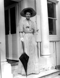 """The African Queen""Katharine Hepburn1951 United Artists** I.V. - Image 5636_0132"
