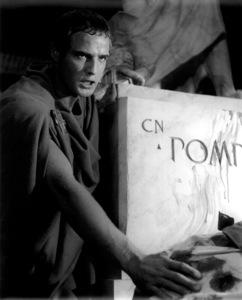 "Marlon BrandoFilm Set""Julius Caesar"" (1952)Copyright John Swope Trust / MPTV - Image 5692_0020"