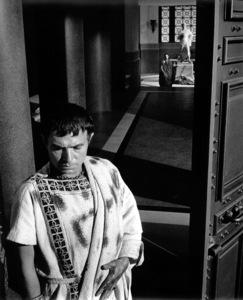 "James Mason, Marlon BrandoFilm Set""Julius Caesar"" (1952)Copyright John Swope Trust / MPTV - Image 5692_0026"