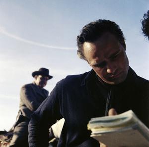 """Marlon Brando on the set of """"One-Eyed Jacks""""1961** I.V. - Image 5697_0104"""