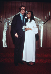 Michael Caine with his wife, Shakira1973 © 1978 Gene Trindl - Image 5705_0111
