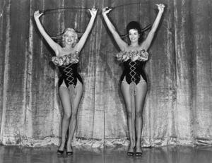 """""""Gentlemen Prefer Blondes""""Marilyn Monroe, Jane Russell** R.C. - Image 5709_0014"""